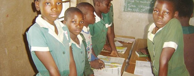 Let's instruct our children not to recite the national schools pledge