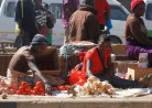 vegetable-vendors-sell-their-wares-along