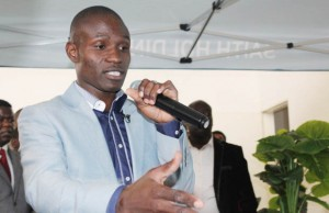 Maxwell Chikumbutso: The school dropout with the world at his feet. (Pic courtesy of Techzim)