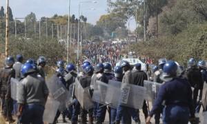riot police2