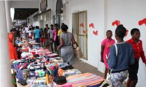vendors-selling-at-pavements-along-robert-mugabe
